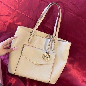 ✨Nude sand MK medium tote bag